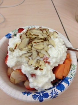 Papaya, strawberries and cottage cheese